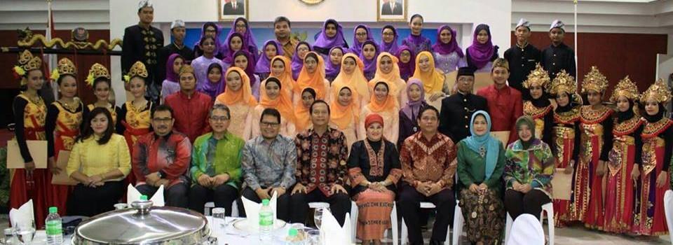 Siswa Malaysia Senang Bisa Mengikuti Workshop Seni dan Budaya Indonesia