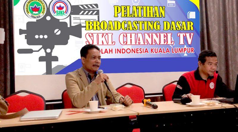 Sekolah Terus Tingkatkan Kompetensi Broadcasting Tim SIKL Channel TV